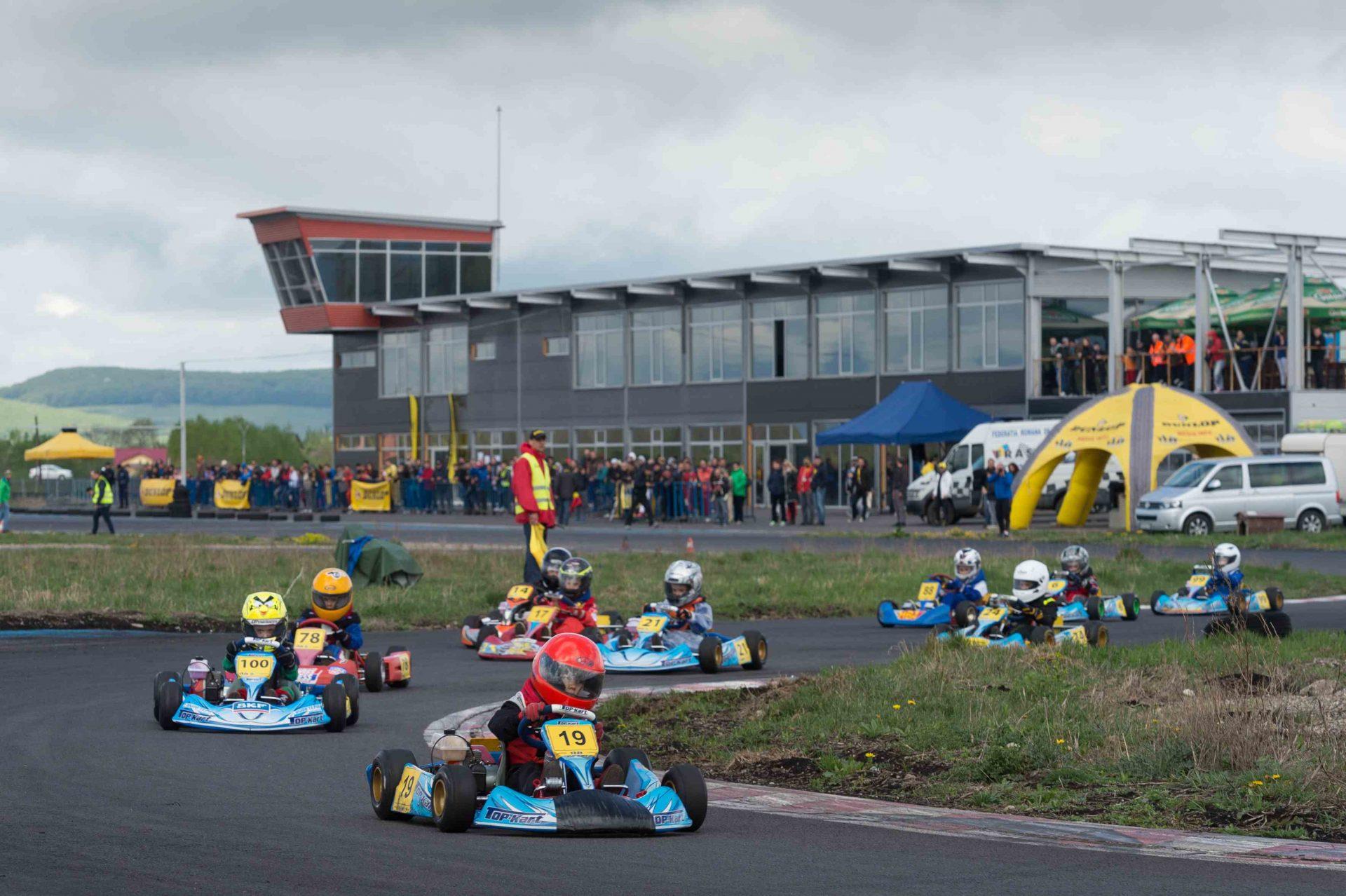 Bacaul va gazdui cea de-a doua etapa a Campionatului National de Karting Dunlop 2015