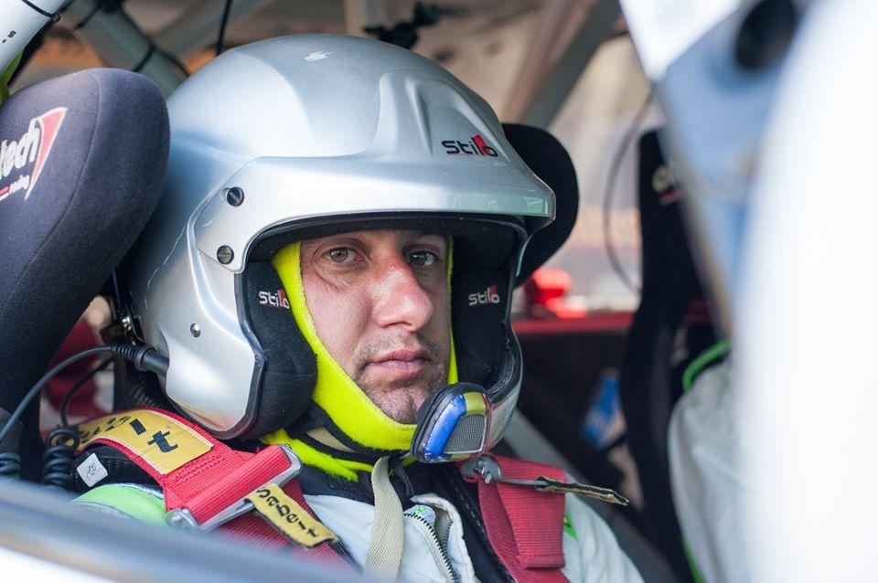 Povesti din culise – Adrian Jucan: Din 2007 sunt in bransa graficii si autocolanetlor pentru masini de curse