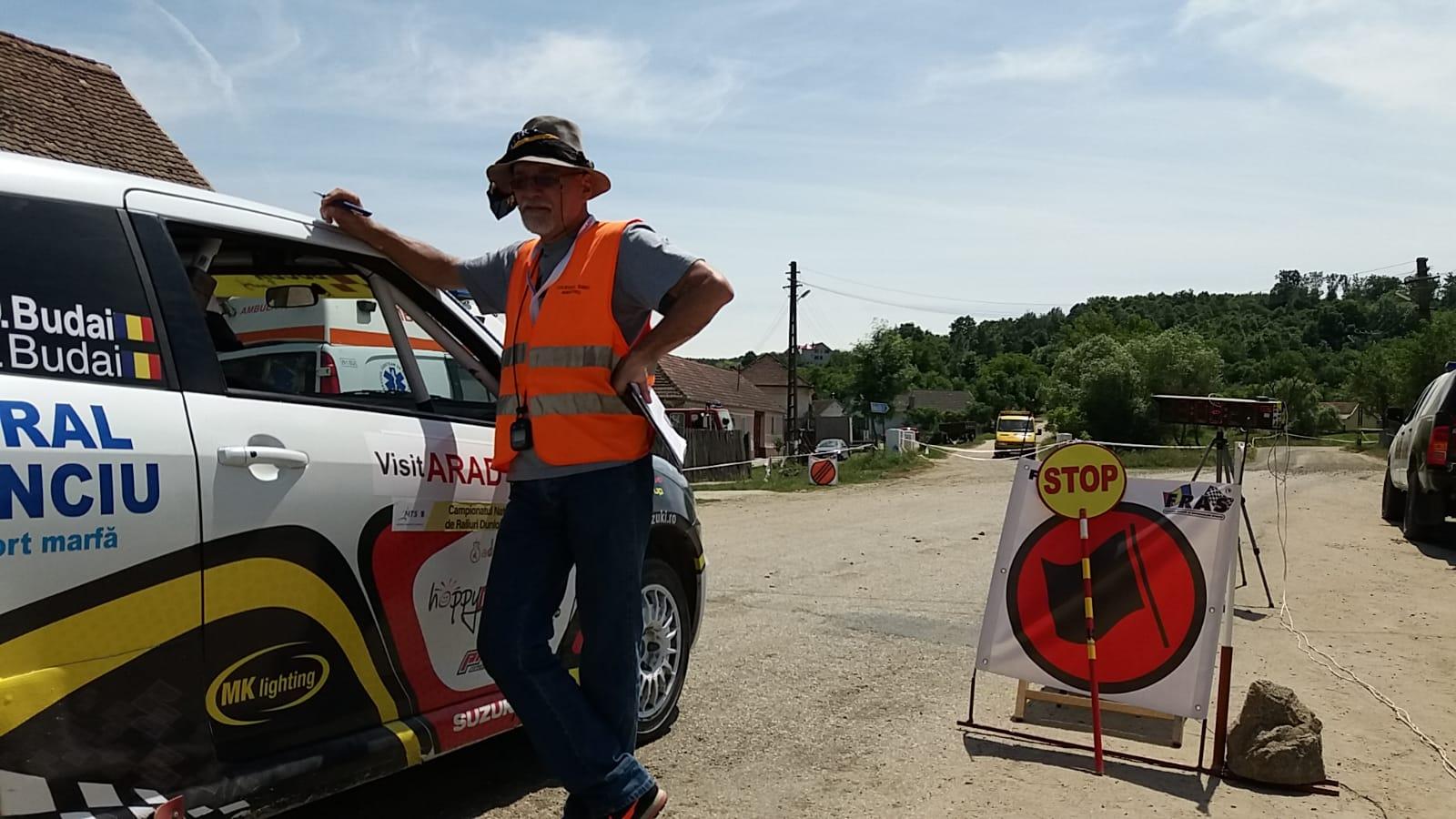 """Povesti din culise – Viorel Adamache: """"Cea mai mare satisfactie am avut-o la ERC, cand am dat startul unor concurenti care acum merg in WRC"""""""