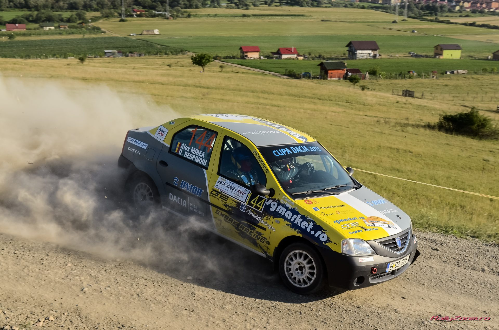 Cupa DACIA 2015 ? Victorie pentru Alex Mirea in etapa a 5-a Transilvania Rally