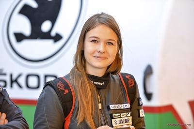 Un nou sezon de progres pentru pilotul Cristiana Oprea, tot intr-un echipaj 100% feminin