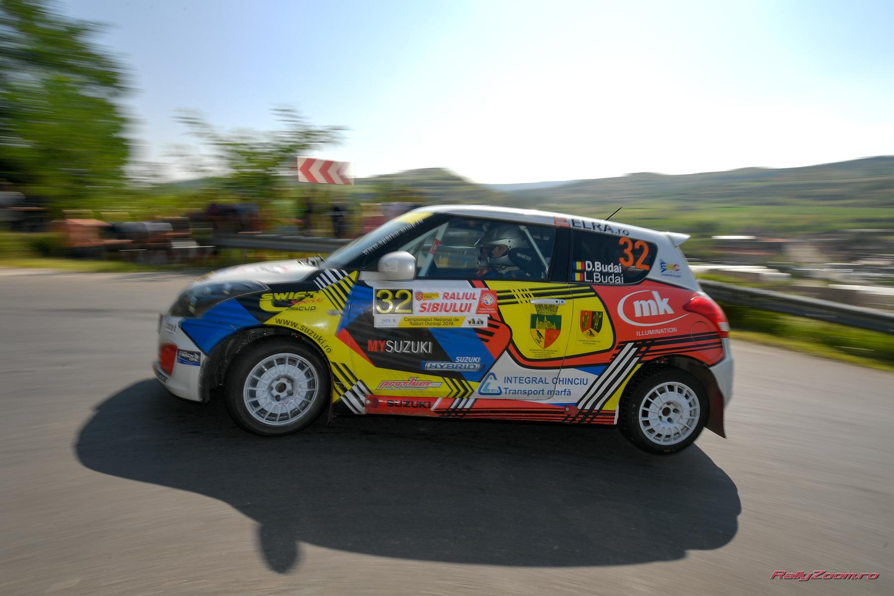 Prima victorie pe asfalt pentru Danut si Lucian Budai in Cupa Suzuki