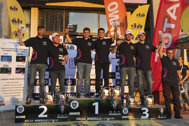 Raul Badiu câștigă prima etapă a Cupei DACIA 2020, urmat pe podium de Sugar și Balea